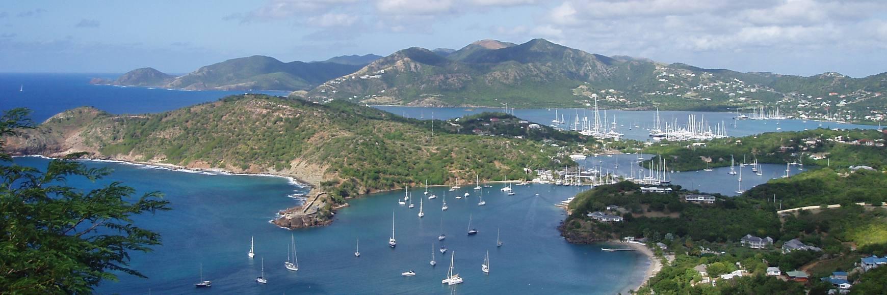 Location bateau moteur Antigua