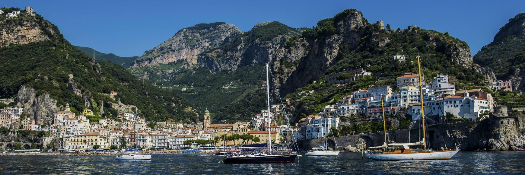 noleggio barca a motore Italia