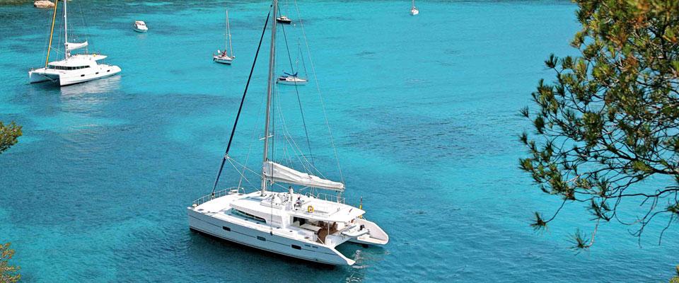location bateau moteur voilier et catamaran le marin filovent. Black Bedroom Furniture Sets. Home Design Ideas