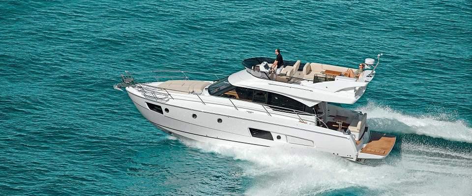 Motorboat Rental Filovent