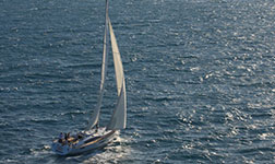 Rental sailboat Australia