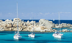 Location catamaran France Corse