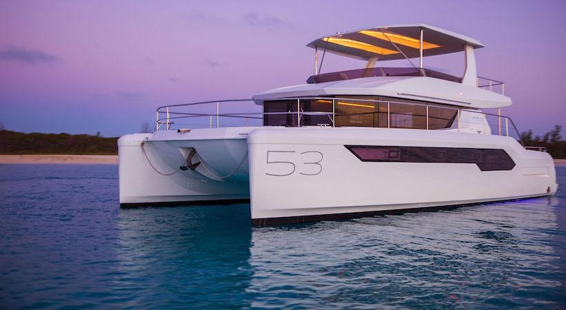 Catamaran à moteur Leopard 53 PC – Leopard Catamarans, Robertson & Caine