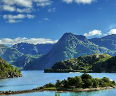 location bateau Lofoten Islands