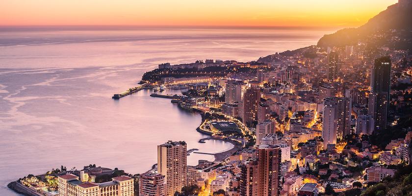 Tramonto su Monaco